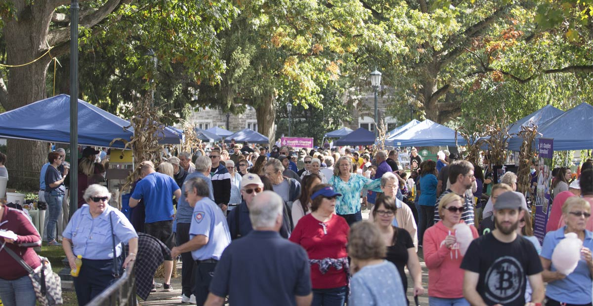 Crowds at Autumn Day